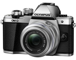 OLYMPUS E-M10 II 14-150 SILVER/BLACK + GorillaPod